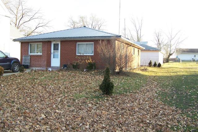 413 E Oak Street, Chatsworth, IL 60921 (MLS #10282726) :: Janet Jurich Realty Group