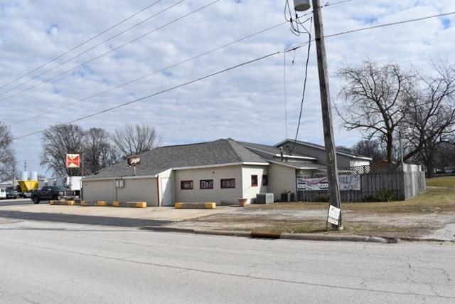 1120 Division Street, Pontiac, IL 61764 (MLS #10289005) :: Century 21 Affiliated