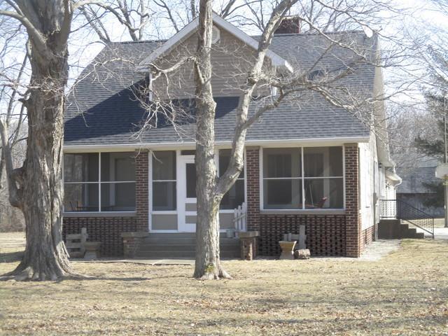 650 N Cr 1760 E Road, Tuscola, IL 61953 (MLS #10290587) :: Ryan Dallas Real Estate