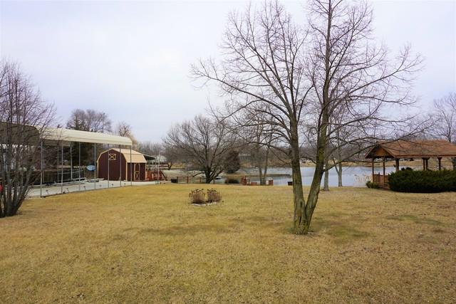 203 E Autumn Drive, Oakwood, IL 61858 (MLS #10290661) :: HomesForSale123.com