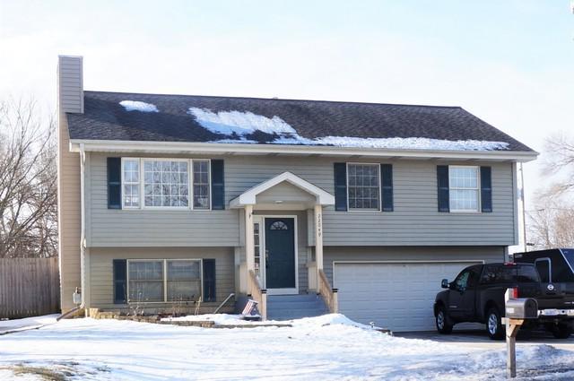 22049 W Engle Drive, Lake Villa, IL 60046 (MLS #10291203) :: Helen Oliveri Real Estate