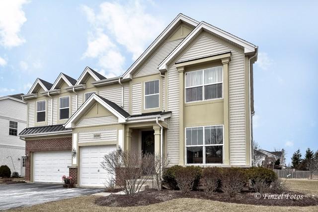 10588 Faiths Way, Huntley, IL 60142 (MLS #10291272) :: Helen Oliveri Real Estate