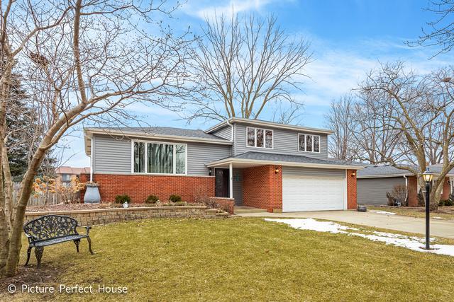 5S240 Stewart Drive, Naperville, IL 60563 (MLS #10292502) :: Helen Oliveri Real Estate