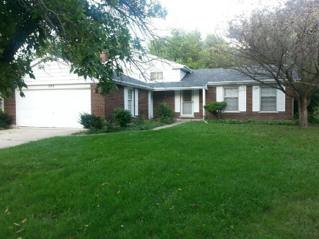 324 Berry Drive, Naperville, IL 60540 (MLS #10292681) :: HomesForSale123.com
