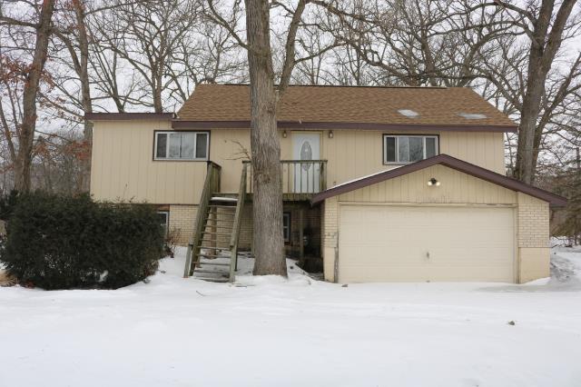 1000 Ivy Oaks Drive, Caledonia, IL 61011 (MLS #10293040) :: HomesForSale123.com