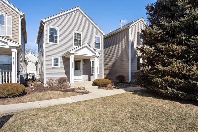 2323 Woodhill Court, Plainfield, IL 60586 (MLS #10293208) :: Helen Oliveri Real Estate