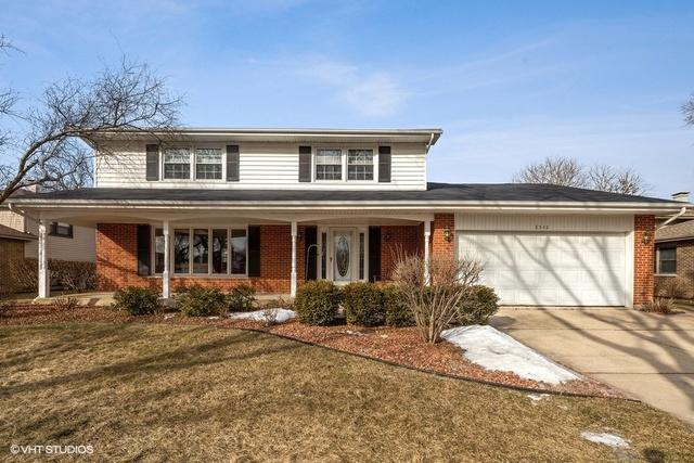 8542 Wood Vale Drive, Darien, IL 60561 (MLS #10293568) :: Baz Realty Network | Keller Williams Preferred Realty