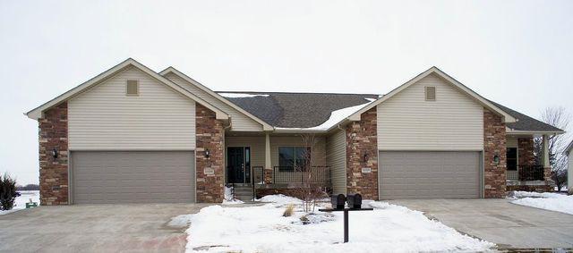 15526 White Oak Drive, South Beloit, IL 61080 (MLS #10293868) :: HomesForSale123.com
