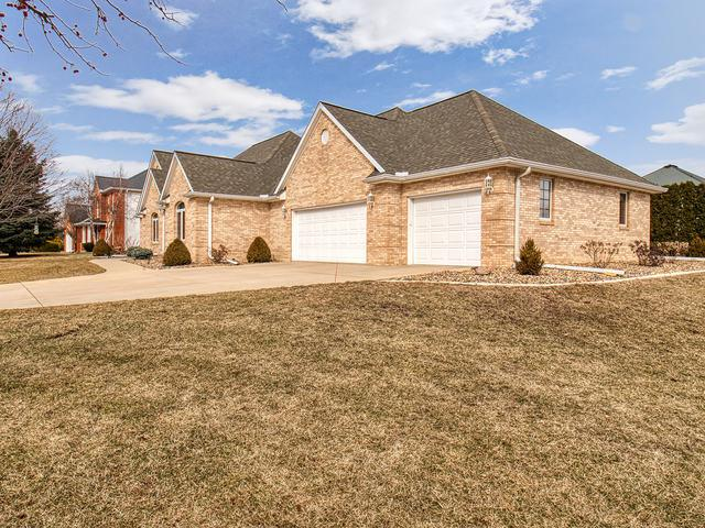 6 Silverberry Court, Bloomington, IL 61704 (MLS #10294334) :: Janet Jurich Realty Group