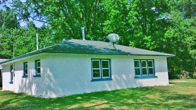 17563 E State Route 114, Momence, IL 60954 (MLS #10294576) :: Leigh Marcus | @properties