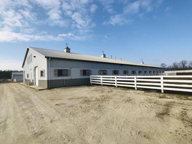 2411B Country Club Road, Woodstock, IL 60098 (MLS #10296186) :: Lewke Partners