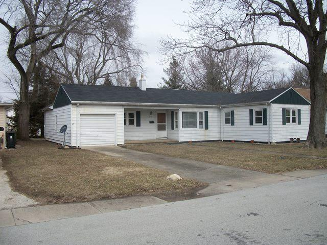 543 W Patton Street, Paxton, IL 60957 (MLS #10296295) :: Ryan Dallas Real Estate