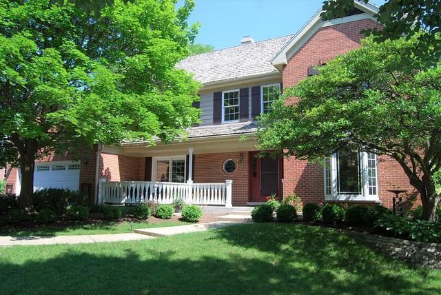 2740 E Woodbury Drive, Arlington Heights, IL 60004 (MLS #10296721) :: Baz Realty Network   Keller Williams Preferred Realty