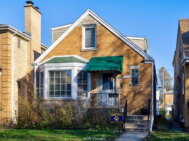 6137 N Moody Avenue, Chicago, IL 60646 (MLS #10296808) :: Baz Realty Network | Keller Williams Preferred Realty