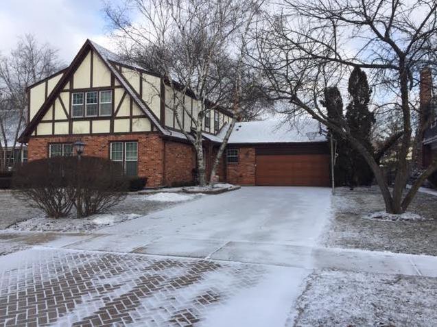 554 Prince Edward Road, Glen Ellyn, IL 60137 (MLS #10297932) :: HomesForSale123.com