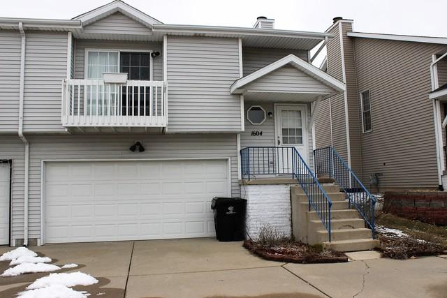 1604 S Martin Luther King Drive #0, Bloomington, IL 61701 (MLS #10298188) :: Berkshire Hathaway HomeServices Snyder Real Estate
