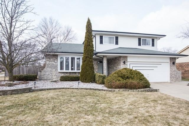 10S530 Thames Drive, Downers Grove, IL 60516 (MLS #10298515) :: Baz Realty Network | Keller Williams Preferred Realty