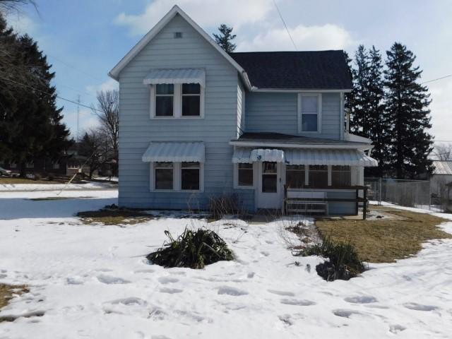 706 Hicks Avenue, Ashton, IL 61006 (MLS #10298699) :: The Dena Furlow Team - Keller Williams Realty