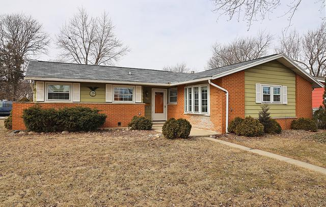 128 Shadywood Lane, Elk Grove Village, IL 60007 (MLS #10299050) :: HomesForSale123.com