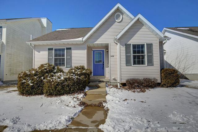 1419 S Smith Road, Urbana, IL 61802 (MLS #10300324) :: Baz Realty Network | Keller Williams Preferred Realty
