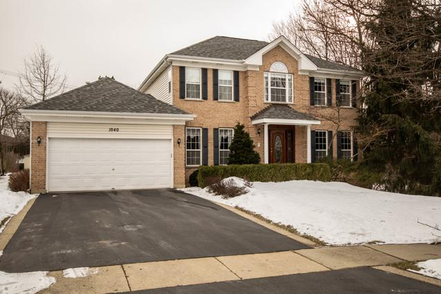 1040 Victoria Drive, Fox River Grove, IL 60021 (MLS #10300592) :: Lewke Partners