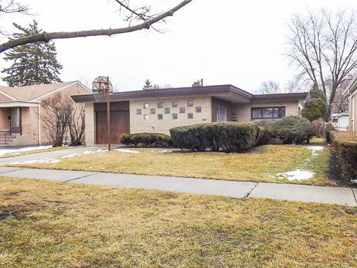 2115 Mayfair Avenue, Westchester, IL 60154 (MLS #10300778) :: Leigh Marcus | @properties