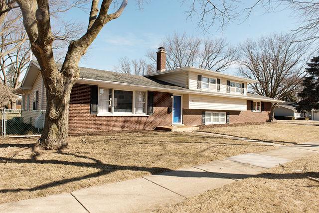 141 Tupelo Avenue, Naperville, IL 60540 (MLS #10301187) :: Helen Oliveri Real Estate