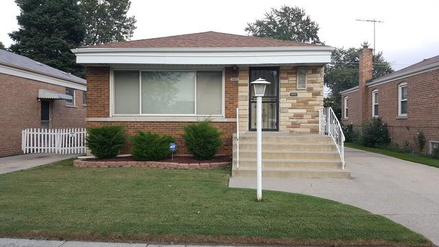 14511 S Saginaw Avenue, Burnham, IL 60633 (MLS #10301541) :: Domain Realty