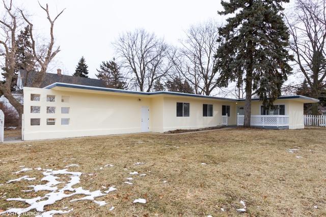 1645 Grove Avenue, North Chicago, IL 60064 (MLS #10301917) :: HomesForSale123.com