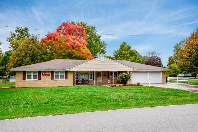 3675 N Main Street, Decatur, IL 62521 (MLS #10302039) :: Berkshire Hathaway HomeServices Snyder Real Estate