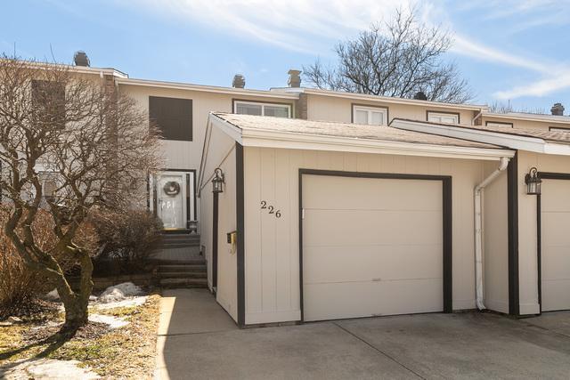 226 Pinewood Lane, Bloomingdale, IL 60108 (MLS #10302103) :: HomesForSale123.com