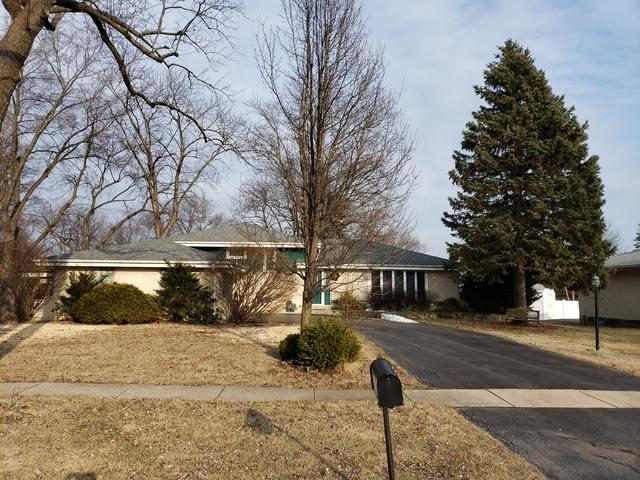 7721 Williams Street, Darien, IL 60561 (MLS #10302907) :: The Dena Furlow Team - Keller Williams Realty
