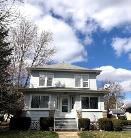 115 E John Street, Forrest, IL 61741 (MLS #10302946) :: Janet Jurich Realty Group