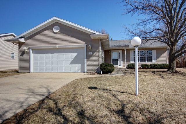 702 Brittany Drive, Champaign, IL 61822 (MLS #10302962) :: Baz Realty Network | Keller Williams Preferred Realty