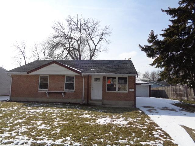 734 Hillcrest Drive, Romeoville, IL 60446 (MLS #10303017) :: Baz Realty Network | Keller Williams Preferred Realty
