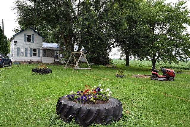 2774 Welland Road, Mendota, IL 61342 (MLS #10303157) :: HomesForSale123.com
