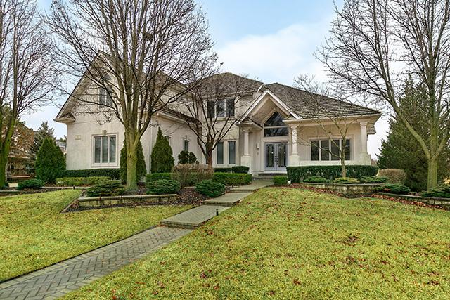 11 Loblolly Court, Lemont, IL 60439 (MLS #10304122) :: Berkshire Hathaway HomeServices Snyder Real Estate