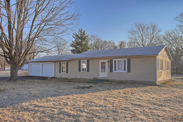 3807 Illini Avenue, Danville, IL 61832 (MLS #10304244) :: Helen Oliveri Real Estate