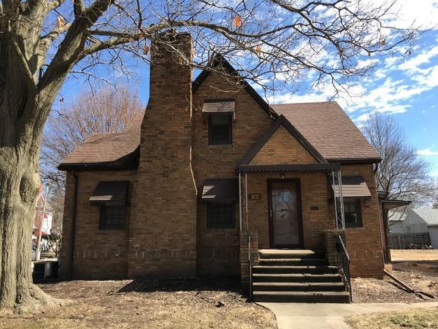 920 N Main Street, Pontiac, IL 61764 (MLS #10304287) :: HomesForSale123.com