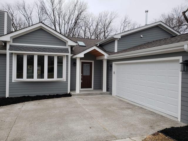 8321 W 103rd Street, Palos Hills, IL 60465 (MLS #10304395) :: HomesForSale123.com