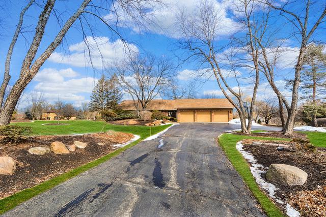 21855 N Burning Tree Court, Kildeer, IL 60047 (MLS #10305168) :: Helen Oliveri Real Estate
