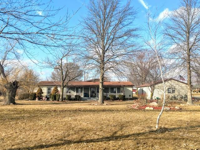 782 E State Route 9, Gibson City, IL 60936 (MLS #10305772) :: Ryan Dallas Real Estate