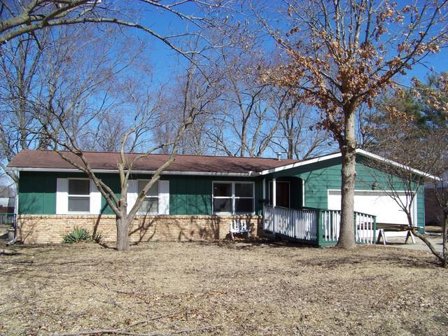 802 Tyler Court, MONTICELLO, IL 61856 (MLS #10305902) :: Ryan Dallas Real Estate