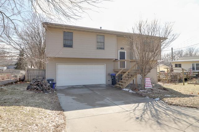 506 W Stewart Street, Bloomington, IL 61701 (MLS #10306477) :: Janet Jurich Realty Group
