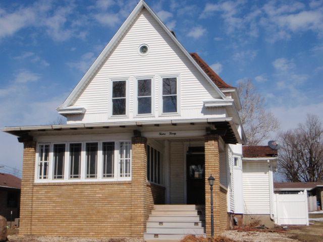 1220 Monroe Street, Mendota, IL 61342 (MLS #10306720) :: HomesForSale123.com