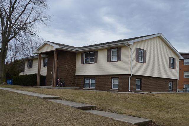 2105 Todd Drive, Bloomington, IL 61704 (MLS #10306748) :: Ryan Dallas Real Estate