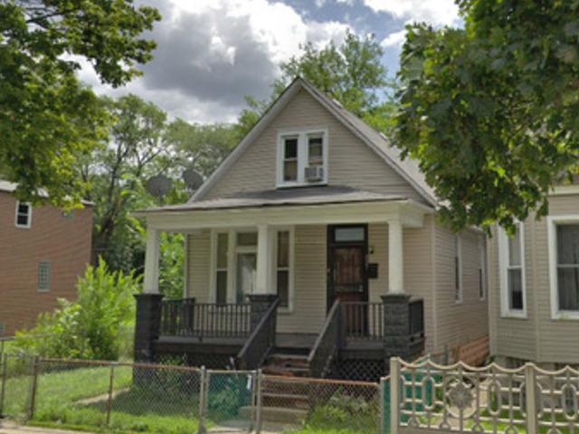 127 W 111th Place, Chicago, IL 60628 (MLS #10307021) :: HomesForSale123.com