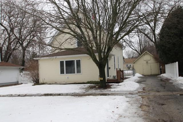 517 E Boone Street, Belvidere, IL 61008 (MLS #10307158) :: The Dena Furlow Team - Keller Williams Realty