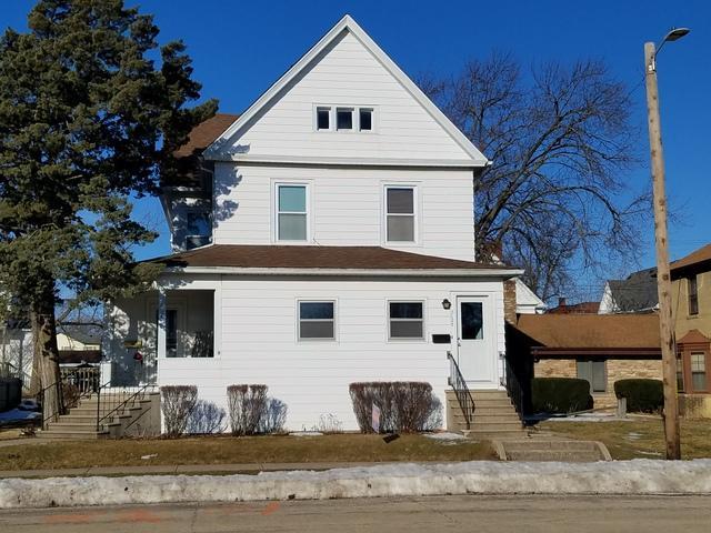 512 N 6th Street, Rochelle, IL 61068 (MLS #10307238) :: The Dena Furlow Team - Keller Williams Realty