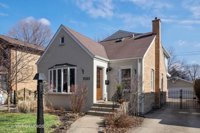 7033 N Leoti Avenue, Chicago, IL 60646 (MLS #10307471) :: The Dena Furlow Team - Keller Williams Realty